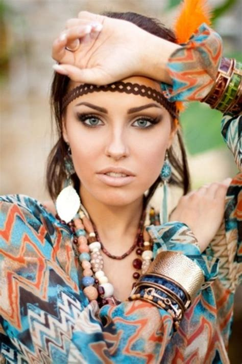 Bohemian L by Boho Makeup Neutrals Thick Eyebrows Hippie