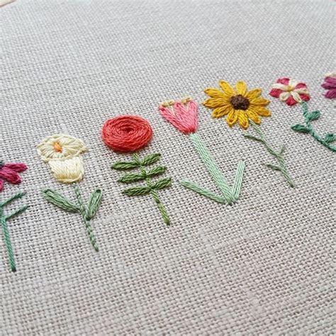 embroidery flores 25 best ideas about embroidered flowers on