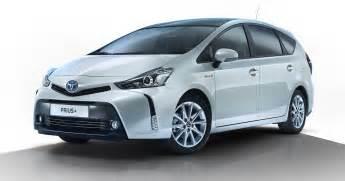Toyota V 2015 Toyota Prius V Facelift Revealed Photos 1 Of 5
