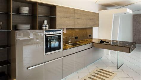 Küche Backsplash Mit Dunklen Schränken by Wohnwand G 252 Nstig