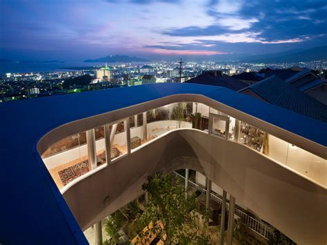 Small Japanese house design: Most Beautiful Houses in the
