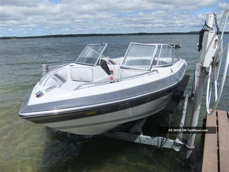bow of a boat 1991 thompson open bow pleasure boat