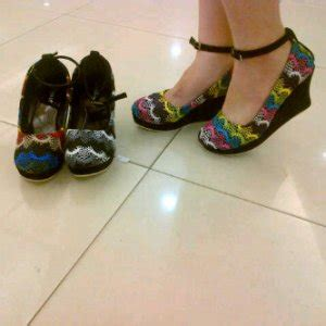 Flat Shoes Blackpanda Suede Bunga Bordir All Colour Bestseller beautystoreochie beautystoreochie laman 11