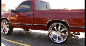 chevy silverado on 28 s