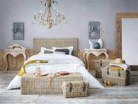 chambre en rotin du mobilier en rotin pour une chambre romantique maisonapart