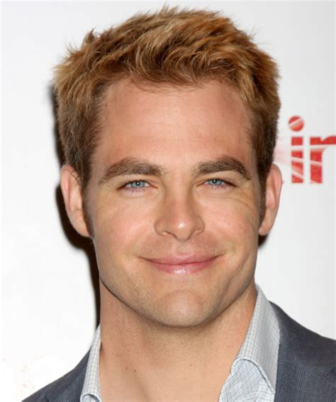 round face male celeberties chris pine short straight casual hairstyle medium blonde
