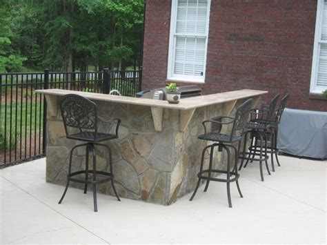 outdoor l shaped bar and kitchen traditional