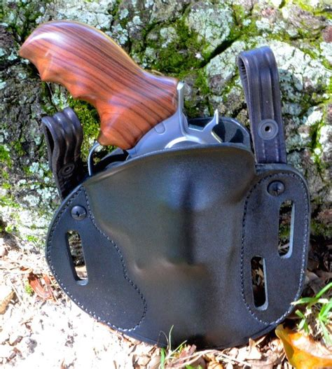 simply rugged holster review this simply rugged sourdough pancake holster has belt slots and can be ordered with iwb