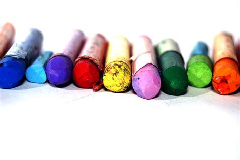 use those broken crayons to make new ones talks carolina
