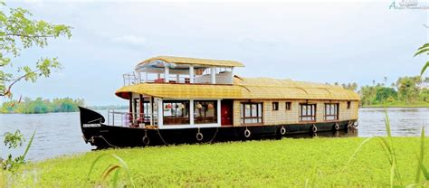 boat house alleppey 3 bedroom premium boat house alleppey alleppey houseboat