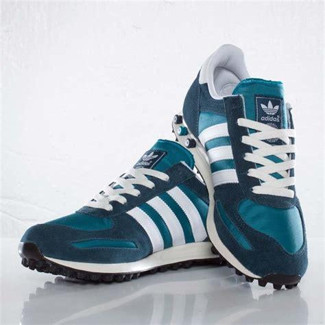 Sepatu Cowok Sneaker Murah Adidas La Trainner adidas originals la trainer teal petrol sneakernews