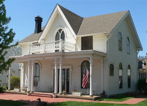 most famous houses in every state notable homes in the u amelia earhart museum famous houses in america bob vila