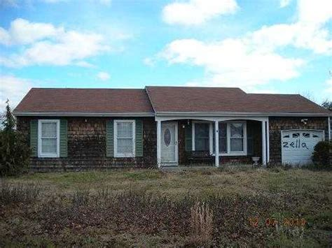 Houses For Sale Hawthorne Ny by 8 Hawthorne Ln East Moriches New York 11940 Foreclosed Home Information Foreclosure Homes
