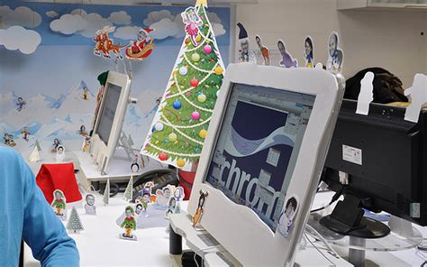 design bridge christmas desk decoration competition