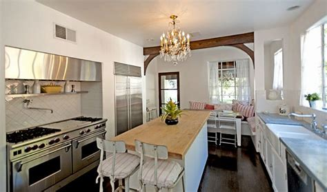 its complicated kitchen it s complicated house for sale kitchen 2 hooked on houses
