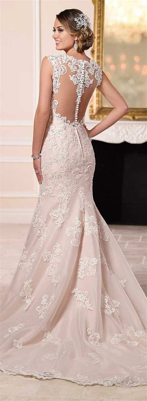 And White Wedding Dress by Will The White Wedding Dress Tradition Continue Find Out