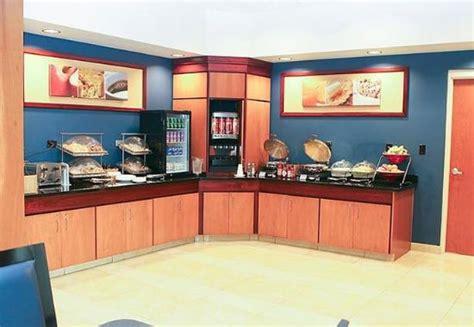breakfast buffet picture of fairfield inn suites