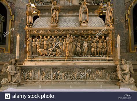 lade bologna basilica san domenico bologna stockfotos basilica san