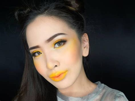 Eyeshadow Kuning tren makeup terbaru blush on warna kuning aneh atau