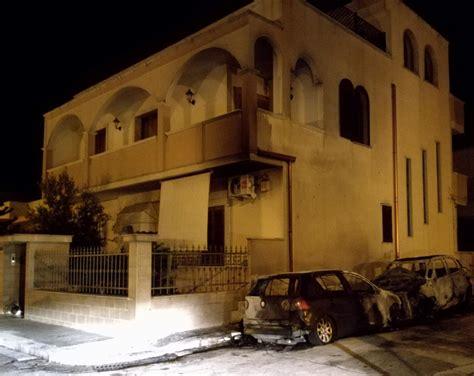 ufficio reclami fiat ancora fiamme nella notte due auto in fumo qui mesagne
