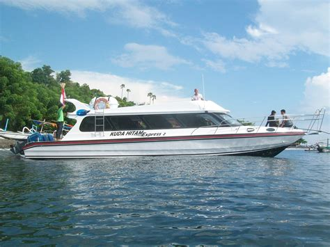 bali to lombok fast boat how long kuda hitam express gili island fastboats