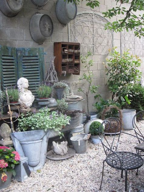 Garden Deco 25 Best Ideas About Shabby Chic Garden On