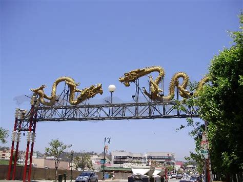 Gateway To China Town La Picture Of Metro Plaza Hotel