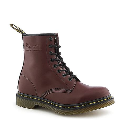 Sepatu Boot Dr Martens Dokmart Maroon Low dr martens womens 1460 oxblood low heel combat boot shiekh shoes