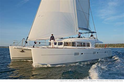 catamaran voilier yacht lagoon catamaran sale rental catamaran and luxurious