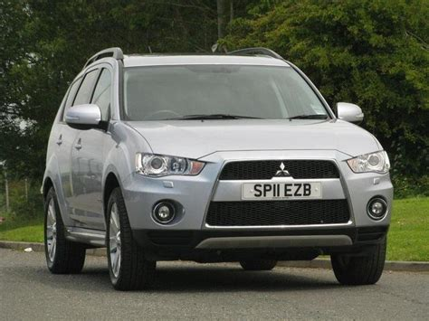 used mitsubishi outlander 2011 diesel 2 2 di d gx4 5dr estate silver manual for sale in turrif