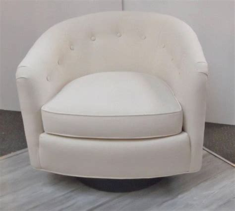 slipcovers for barrel chairs top 25 best barrel chair ideas on pinterest barrel