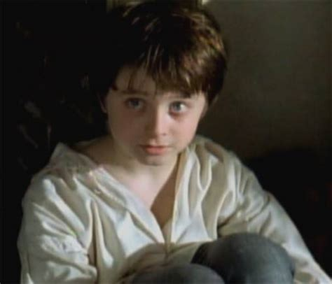 daniel tailor picture of daniel radcliffe in the tailor of panama