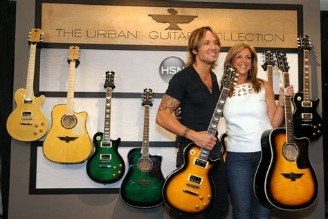 learn guitar keith urban keith urban and hsn reveal new urban guitar collection