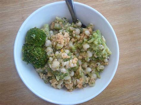 comment cuisiner des brocolis surgel駸 salade d orge brocoli et oeufs brouill 233 s ou comment