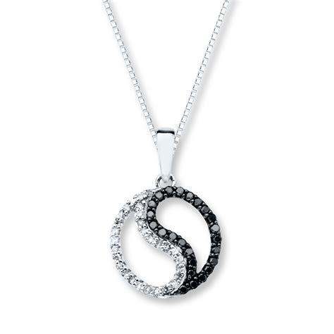 yin yang necklace 1 5 ct tw diamonds 10k white gold