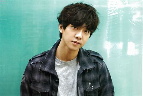 lee seung gi tv series lee seung gi considering return to drama land with new sbs