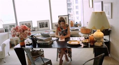 vogue home decor inside the habitat of a boss anna wintour s office