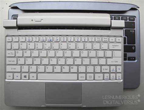 Keyboard Acer W510 Acer Iconia W510 Review