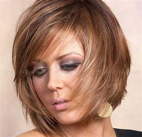 hipster bob ear length bob with a dominant fringe and chin length hairstyles for women under 30 index of wp