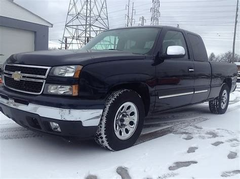 hayes car manuals 2006 chevrolet silverado engine control service manual how to sell used cars 2006 chevrolet silverado 3500 engine control sell used