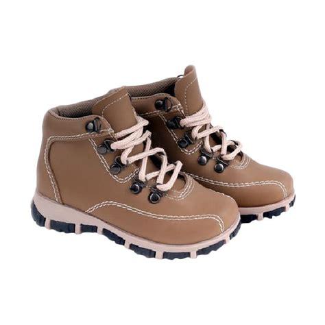 Sepatu Anak Signore Brush Coklat jual garucci 924 sepatu anak laki laki coklat harga kualitas terjamin blibli