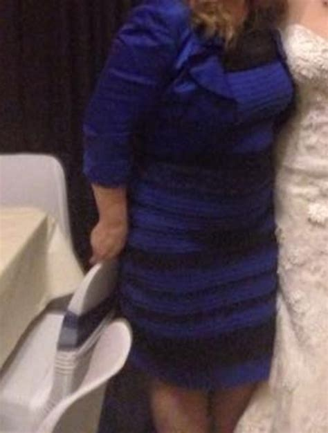 the dress dividing the is it black and blue or