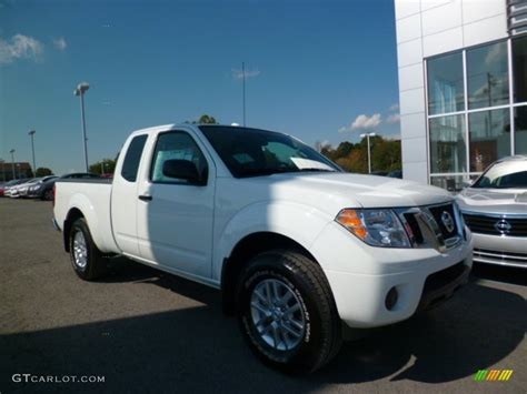 white nissan frontier 2015 glacier white nissan frontier sv king cab 4x4