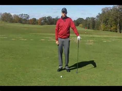 golf swing hitting the ground golf lessons stop hitting the ground before the ball