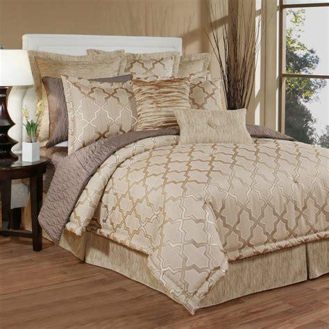 quatrefoil bedding quartz quatrefoil trellis comforter bedding