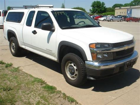 find   chevrolet colorado  ls extended cab