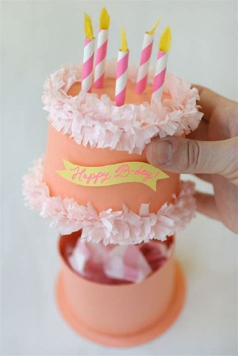 How To Make Birthday Gifts Out Of Paper - best 25 birthday gift wrapping ideas on gift