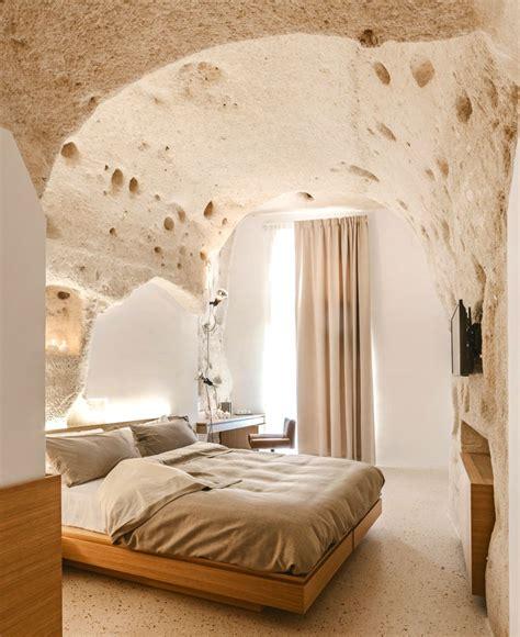 desain interior hotel rasakan sensasi menginap di gua desain interior