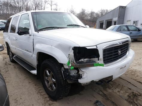 1999 Cadillac Parts by 1999 Cadillac Escalade 4wd Quality Used Oem Replacement