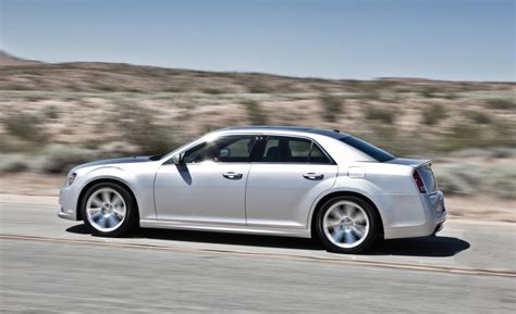 2015 chrysler 300 srt8 2015 chrysler 300 srt8 price and release date